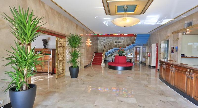 Lobby Gran Hotel Delfin