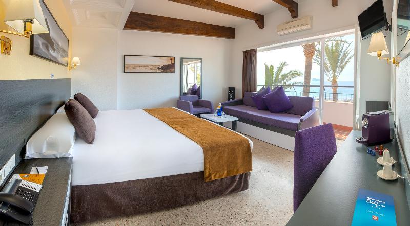 Room Gran Hotel Delfin