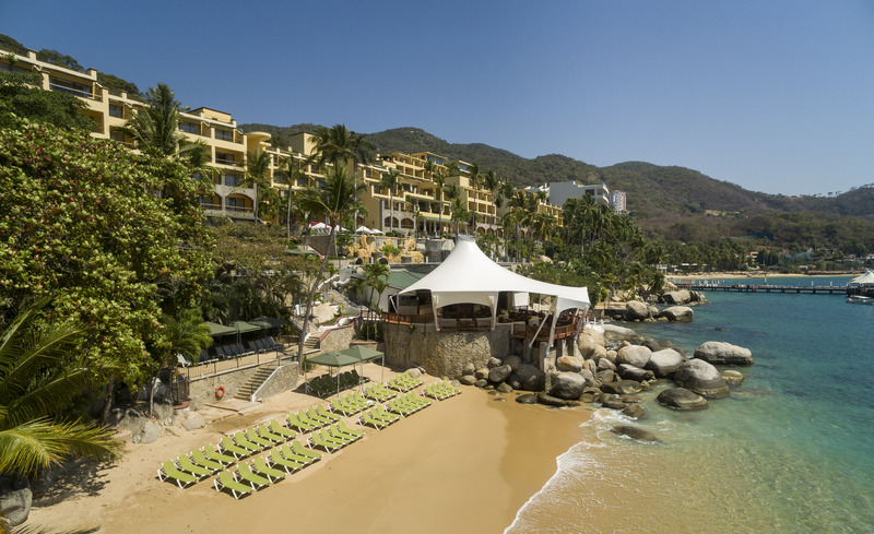Beach Camino Real Acapulco Diamante