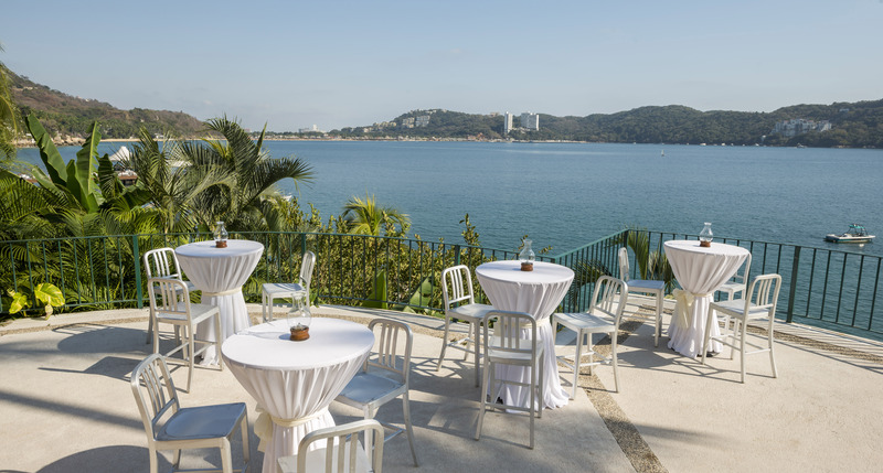 Terrace Camino Real Acapulco Diamante