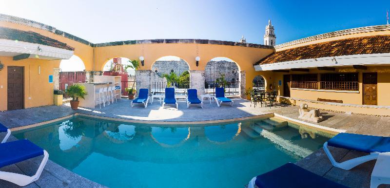Pool Caribe