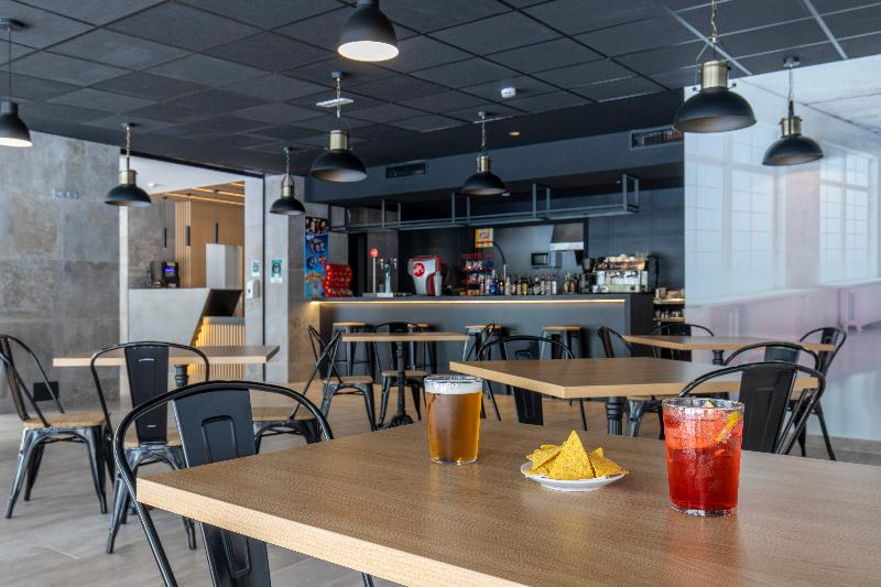 Bar Levante Lux Apartamentos