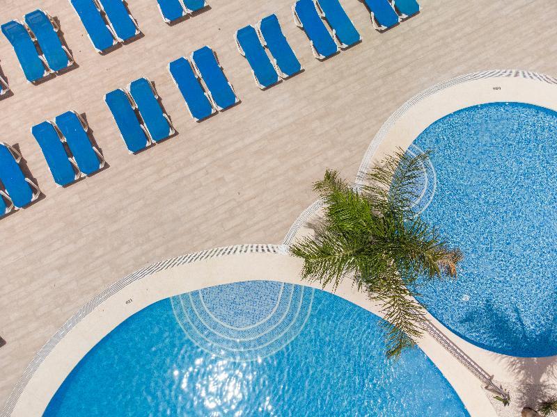 Pool Levante Lux Apartamentos