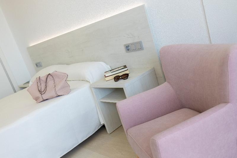 Room Levante Lux Apartamentos