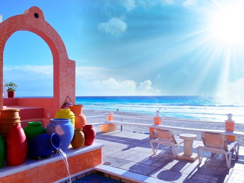 Mia Cancun Resort