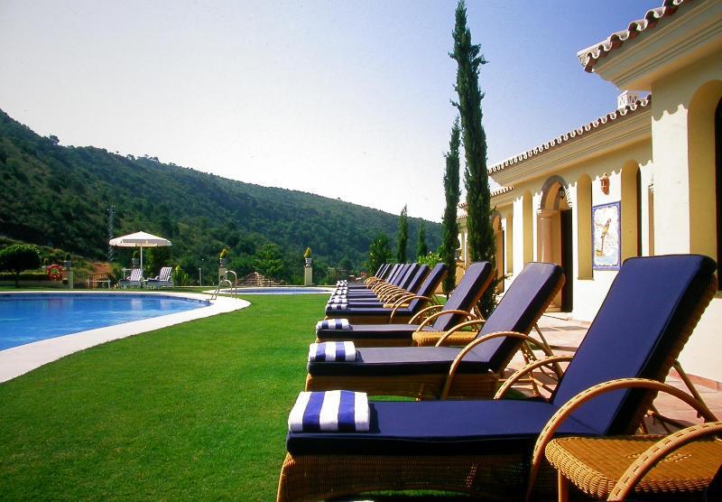 Pool Gran Hotel Benahavis Spa