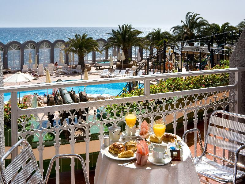 Terrace San Agustin Beach Club