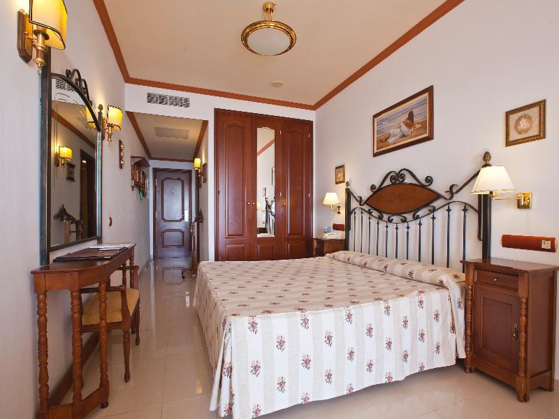 Room San Agustin Beach Club