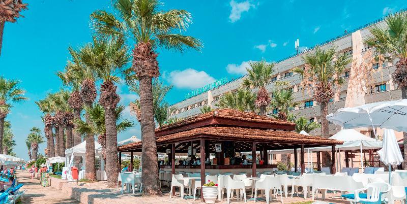Bar Palm Beach Hotel & Bungalows