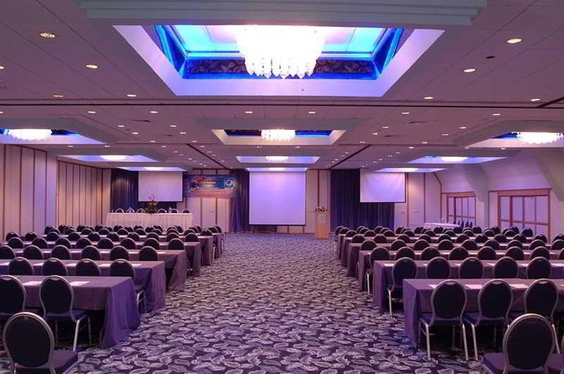 Conferences Palm Beach Hotel & Bungalows