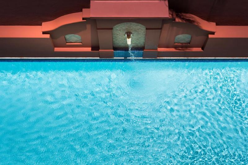 Pool Courtyard Santo Domingo