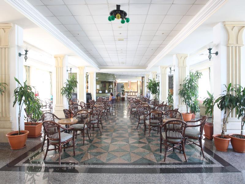 Lobby Tsokkos Gardens