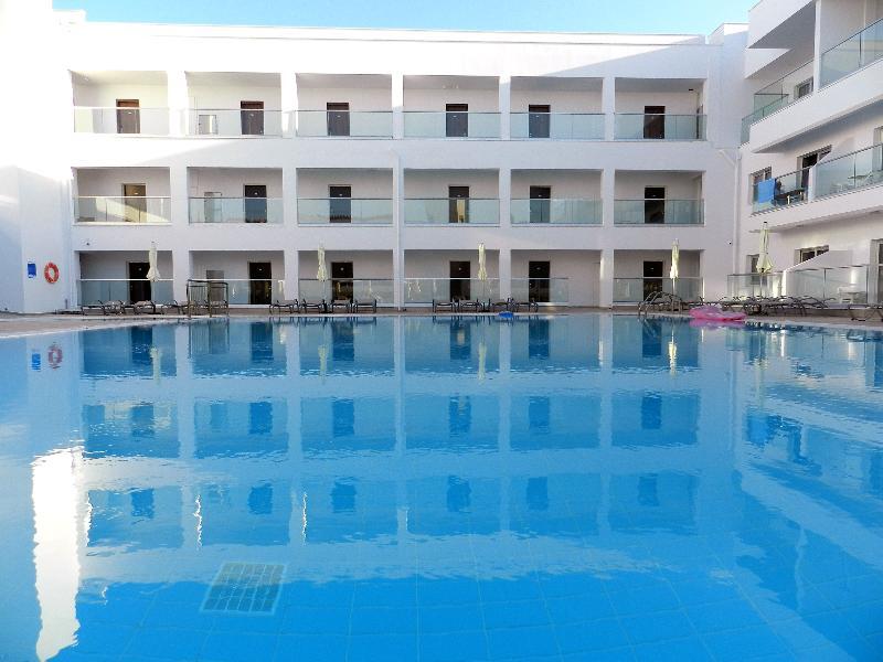 Pool Evabelle Napa