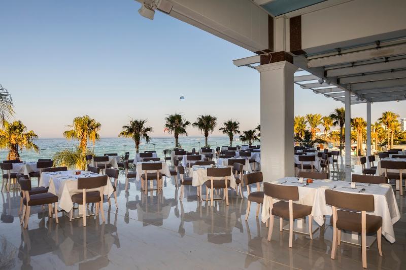Restaurant Constantinos The Great Beach Hotel