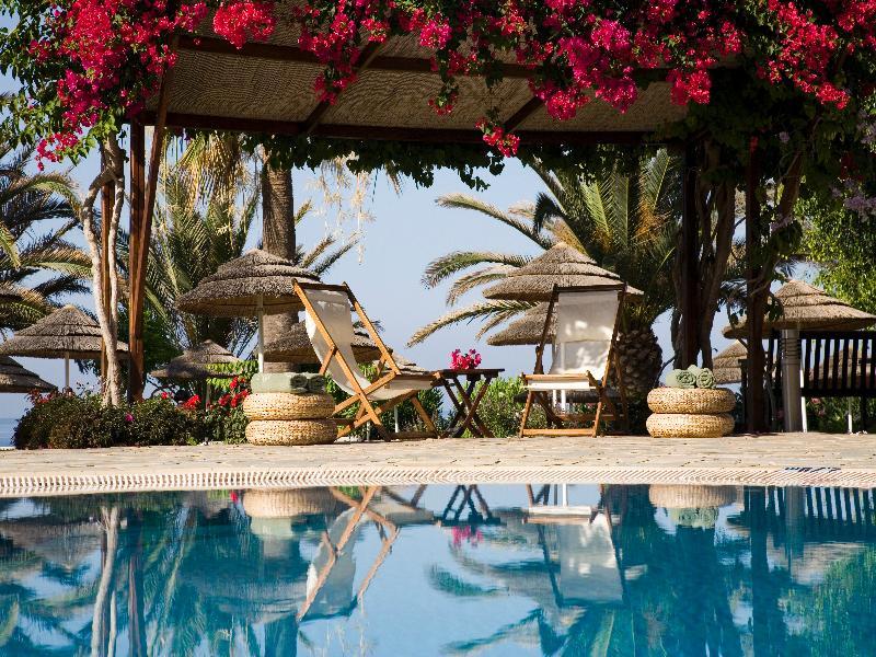 Pool Alion Beach