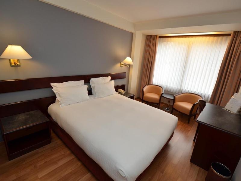 Room Bedford Hotel & Congress Centre
