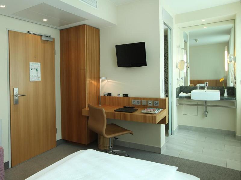 Room Lindner Hotel Am Ku\'damm