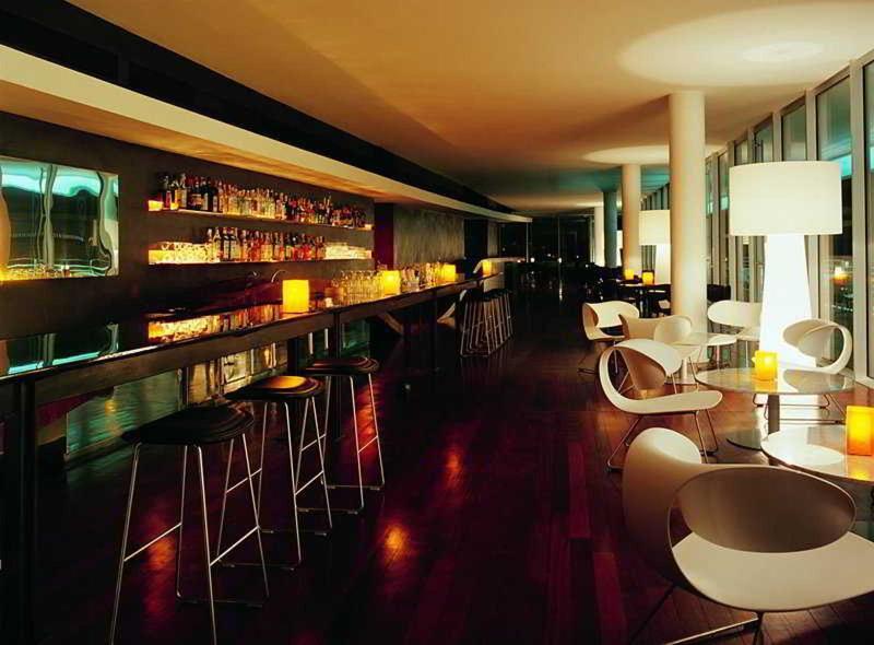 Bar Radisson Blu Es Hotel