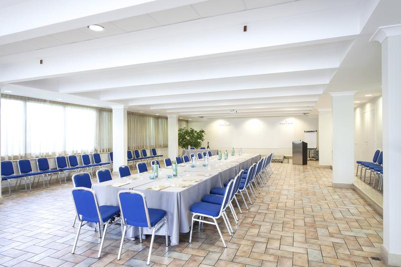 Conferences Golden Tulip Rome Airport Isola Sacra