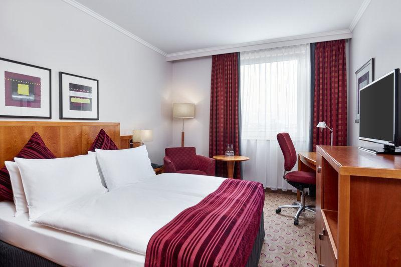 General view Crowne Plaza Hamburg – City Alster
