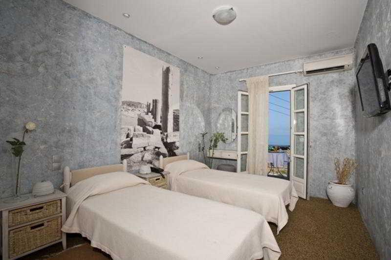 Doppel -oder Zweibettzimmer mit Blick (Double or Twin Sea View)
