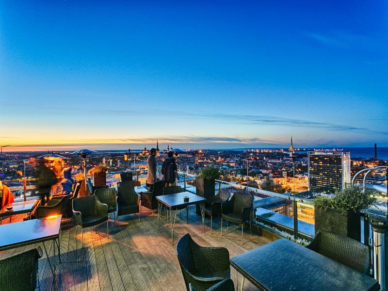 Terrace Radisson Blu Sky Hotel