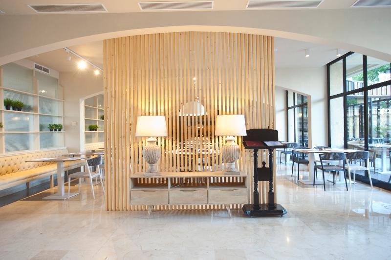 Fortune Resort Central - Restaurant - 22