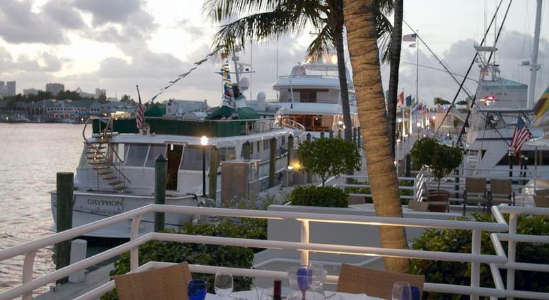 Restaurant Pier Sixty-six & Marina