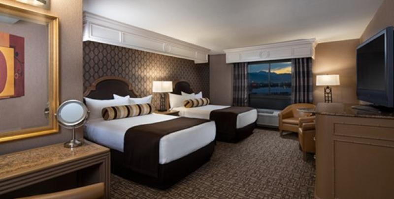 Flight and hotel in Las Vegas: book cheap holidays with eDreams.com