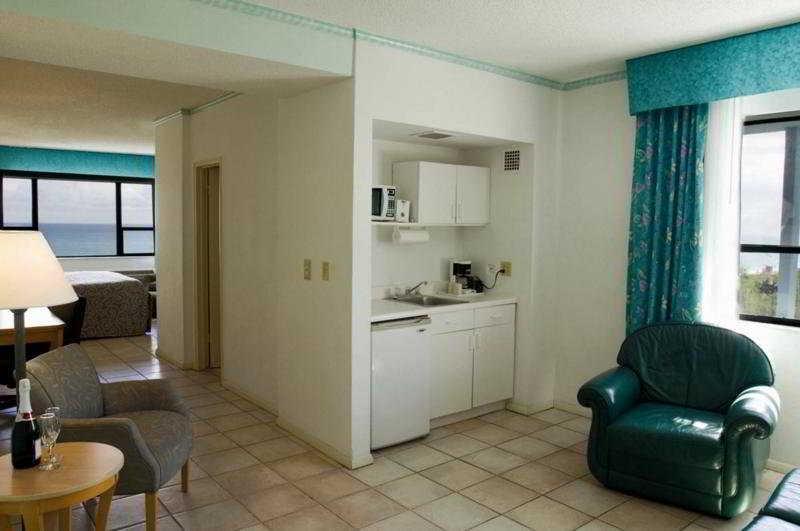 Room Howard Johnson Plaza North Miami Beach (closed)