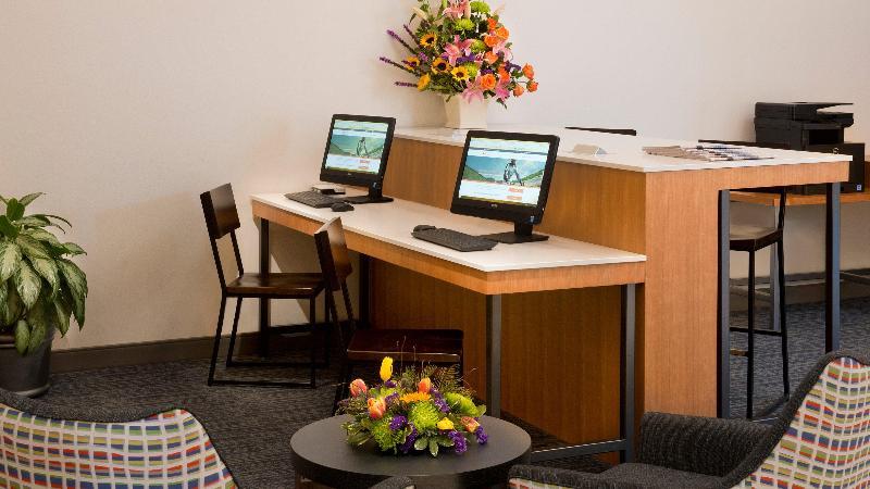Lobby Holiday Inn Express Nashville Airport