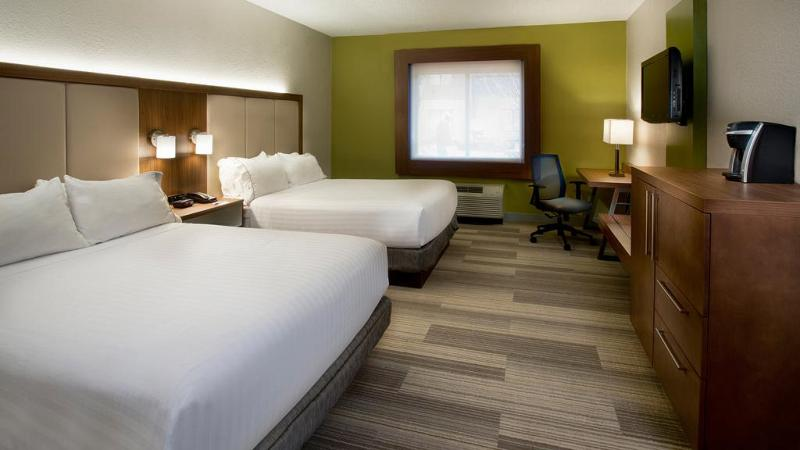 Room Holiday Inn Express Nashville Airport