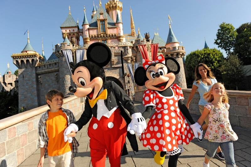 Holiday Inn and Suites Anaheim Foto 19
