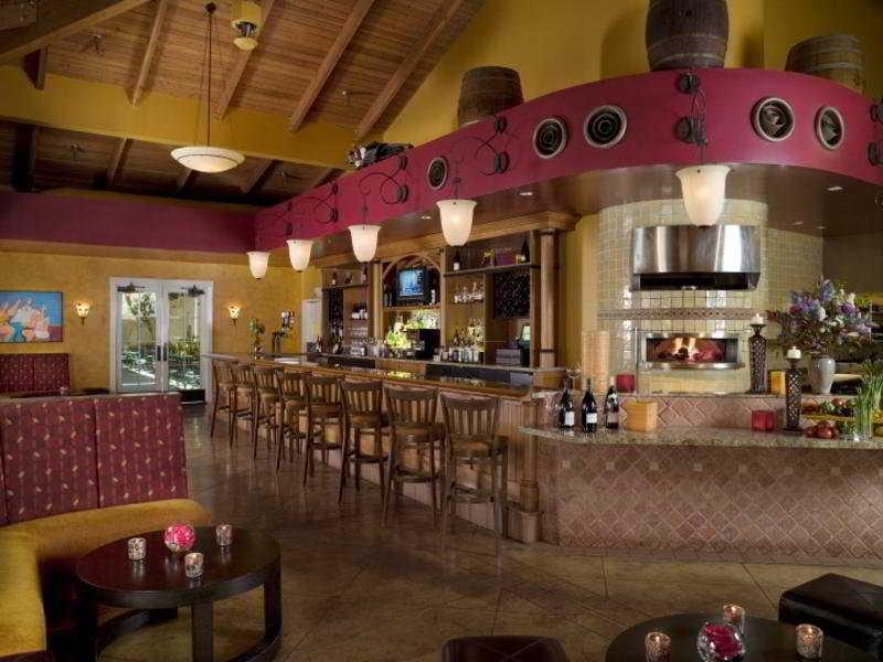 Bar The Lodge At Sonoma Renaissance Resort & Spa