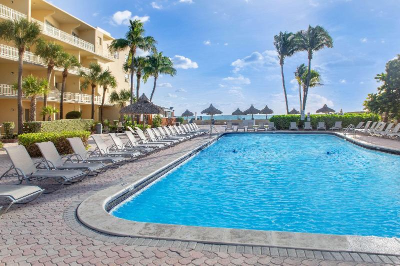 Pool Days Hotel By Wyndham Thunderbird Beach Resort