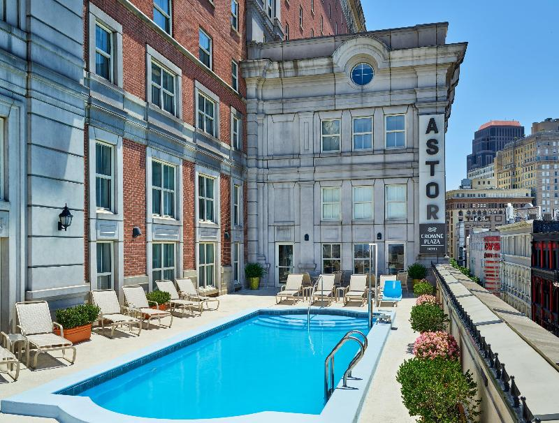 Pool Crowne Plaza New Orleans French Quarter