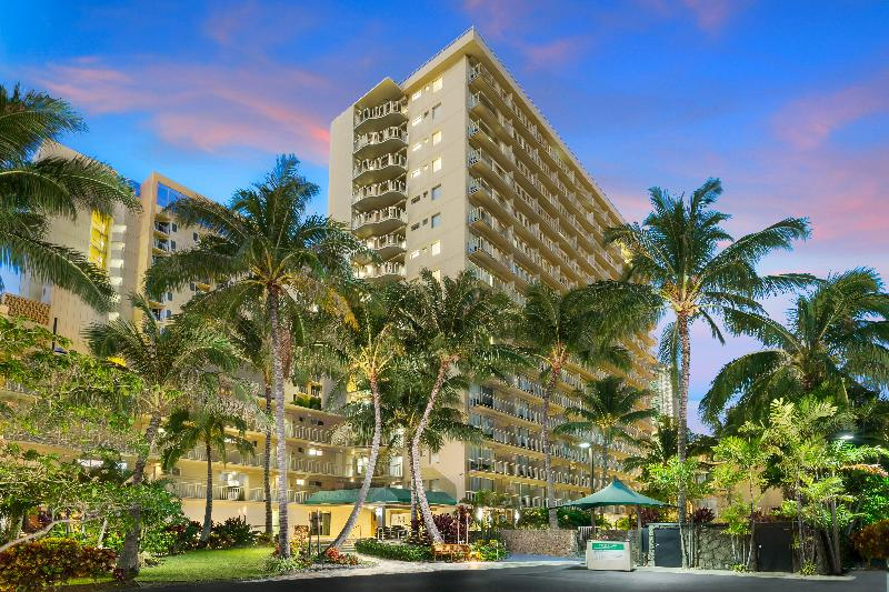 General view Courtyard Waikiki Beach