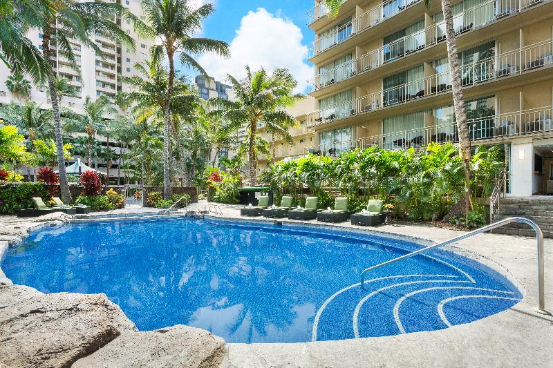 Pool Courtyard Waikiki Beach