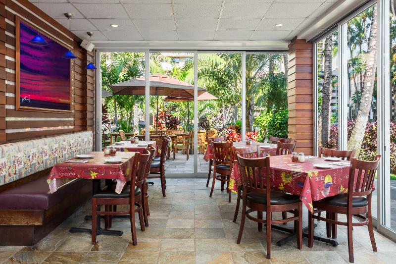 Restaurant Courtyard Waikiki Beach