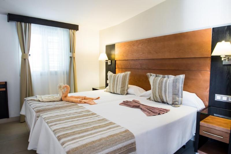 Fotos Apartamentos Bungalows Miraflor Suites