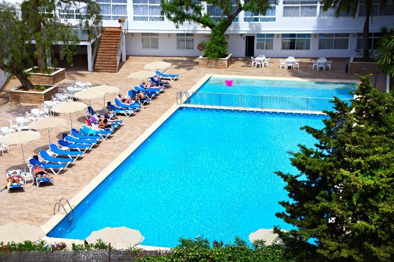 Pool Hotel Joan Miró Museum
