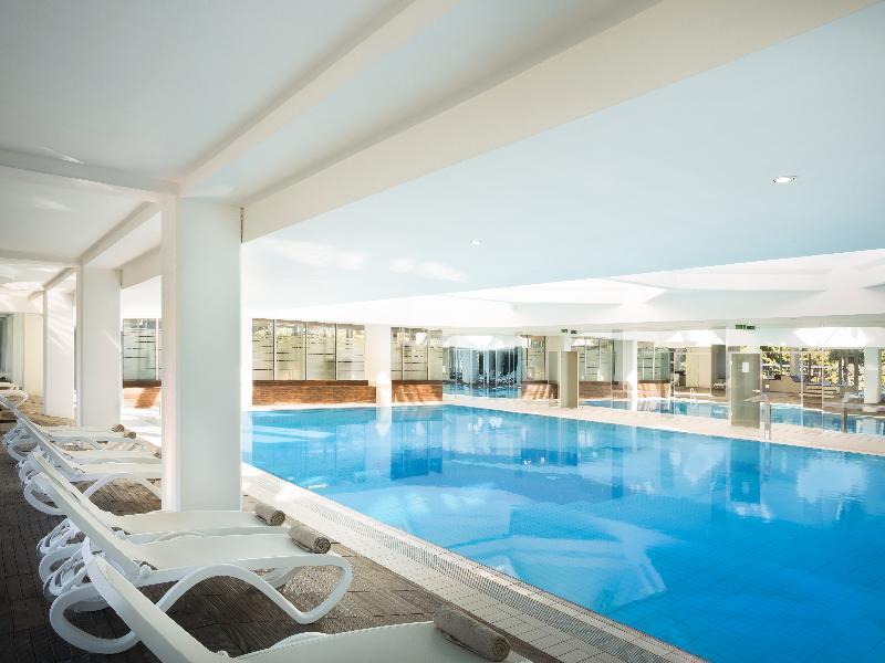 Pool Aminess Maestral Hotel