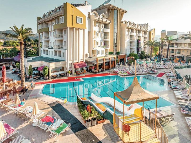 Pool Grand Cettia
