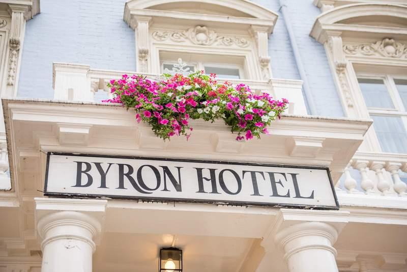 Byron . - Hotel - 13