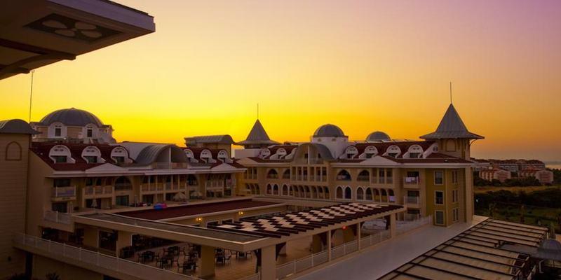 General view Side Star Resort