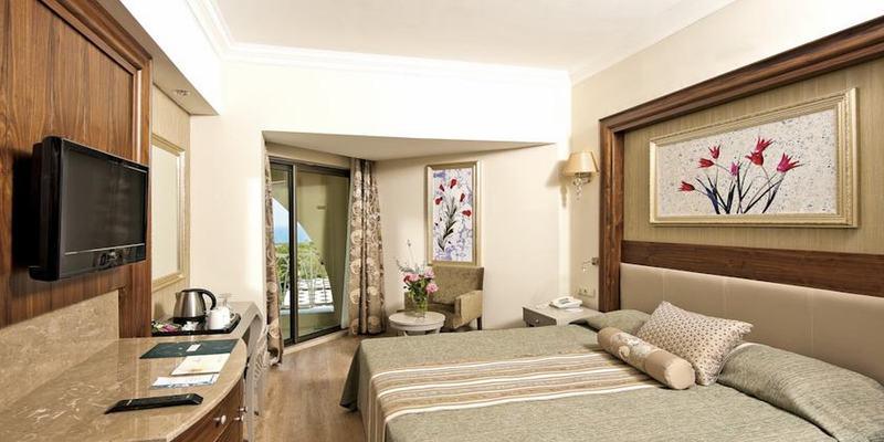 Room Side Star Resort
