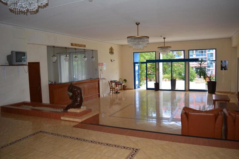 Lobby Chaika Resort St. Constantine