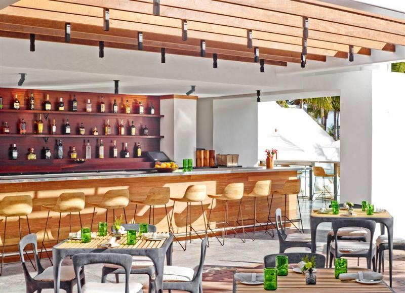 Bar Royal Palm South Beach Miami, Tribute Portfolio