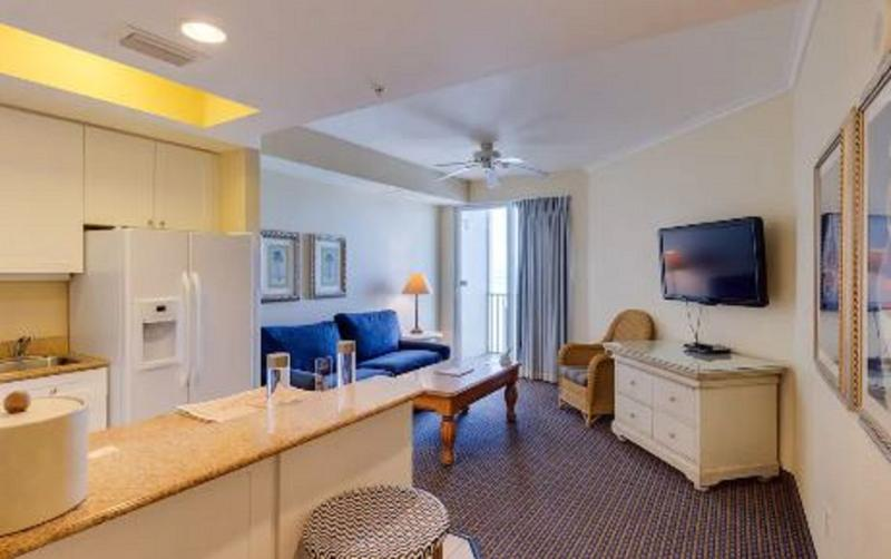 Room Pink Shell Beach Resort & Marina