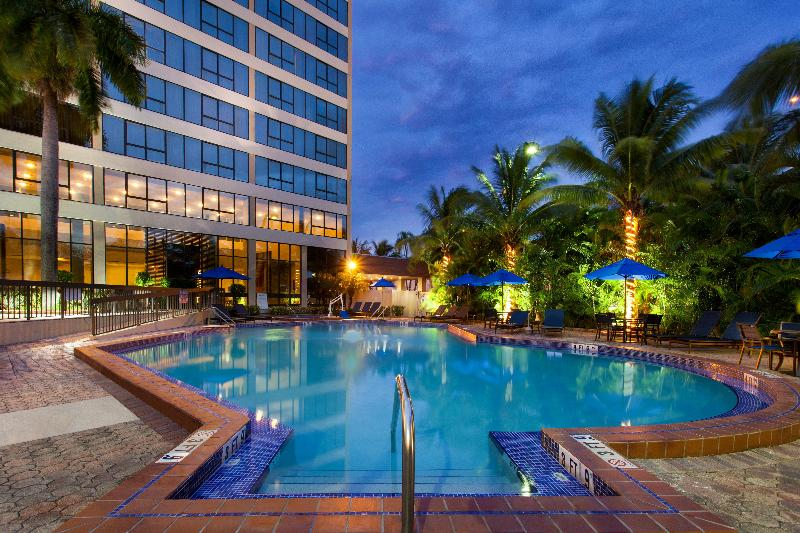 Pool Holiday Inn Miami West-airport Area